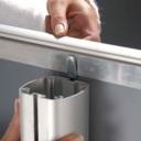 Pro-Display: коннекторы для крепления к стойке в комплекте