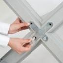 Pro-Display: стойка поставляется в разобранном виде с инструкцией