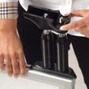 Pro-Display: стальные пружины для крепления рамы к опоре