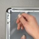 Pro-Display: защитный ПЭТ для клик-рамки в комплекте
